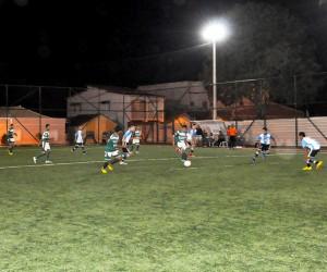 Seis equipes de duas categorias disputam aos sábados o primeiro Campeonato de Futebol Society Infantil.