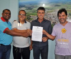 Os trabalhos de reforma e revitalização do Campo Bom de Bola do bairro Nova Galileia já começaram.